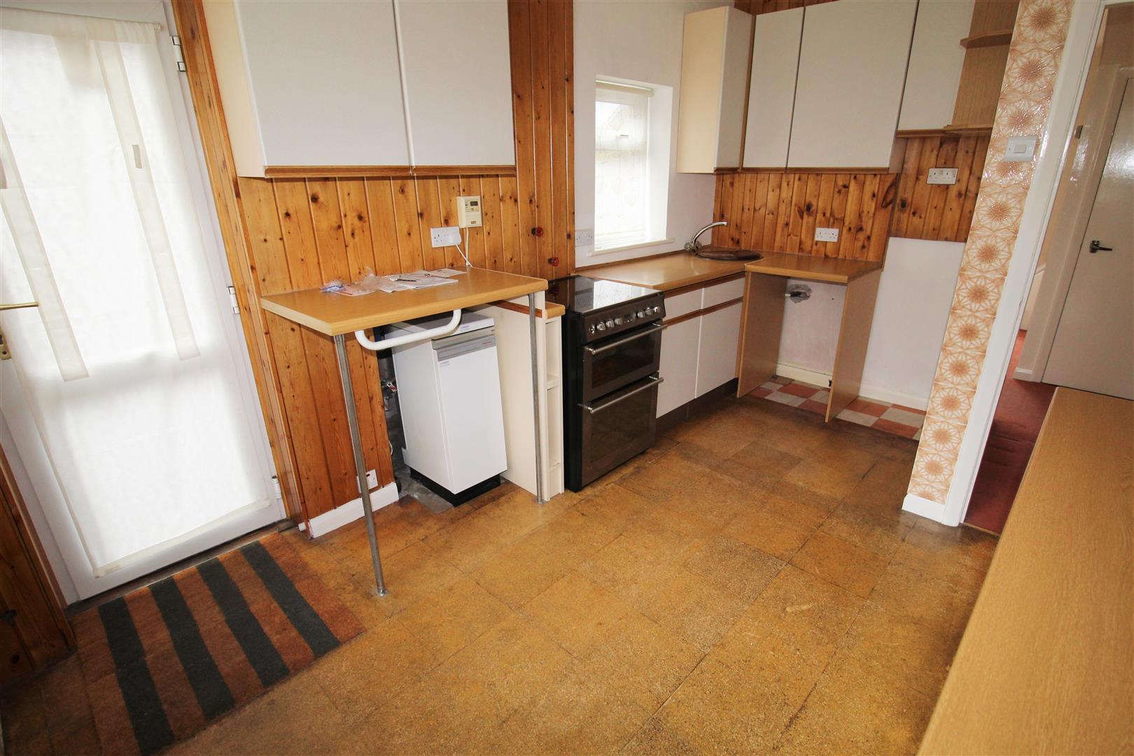 3 Bedrooms, House - Semi-Detached, Brenda Crescent, Thornton, Liverpool